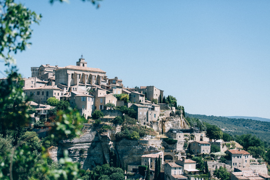wedding in gordes in provence