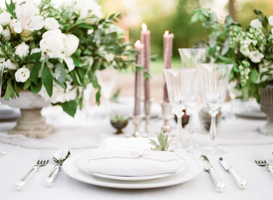 & PROVENCE WEDDING - Wanderlust Wedding
