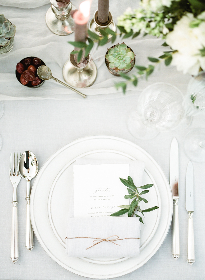 [:en]elegant tableware provence wedding[:]