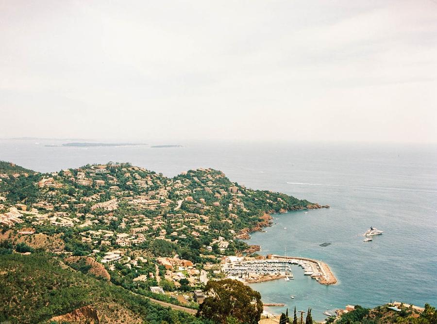 View Seaview Chateau Wedding